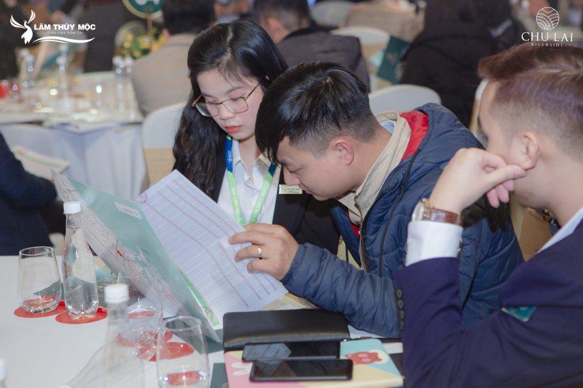 Không khí mở bán tại thị trường Hà Nội