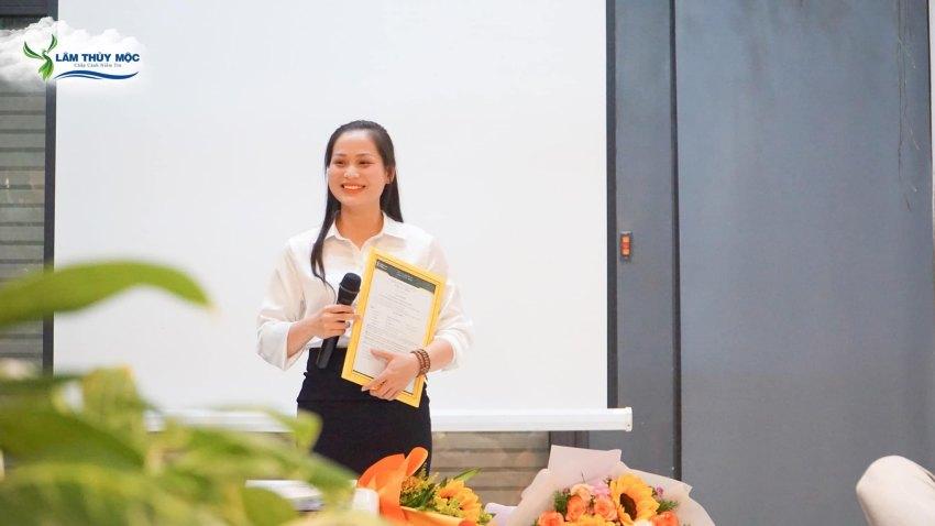 Tân phó giám đốc - Nguyễn Thị Mỹ Phượng