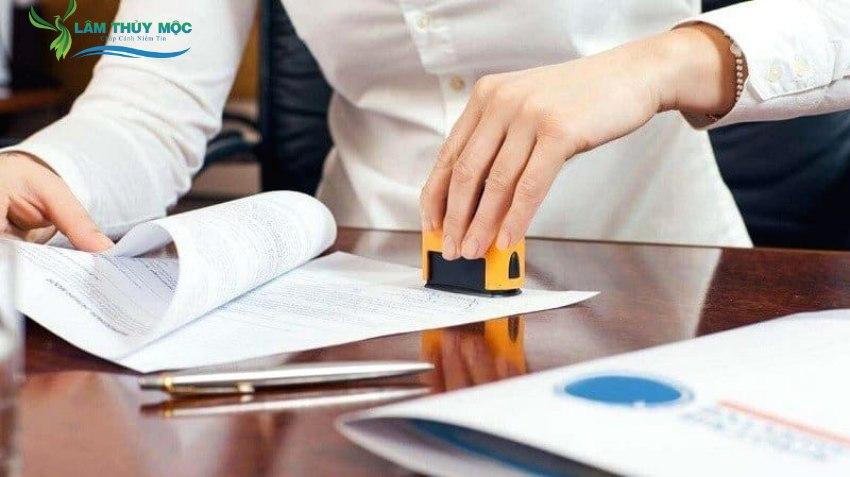 Cận trọng trong việc ký kết hợp đồng
